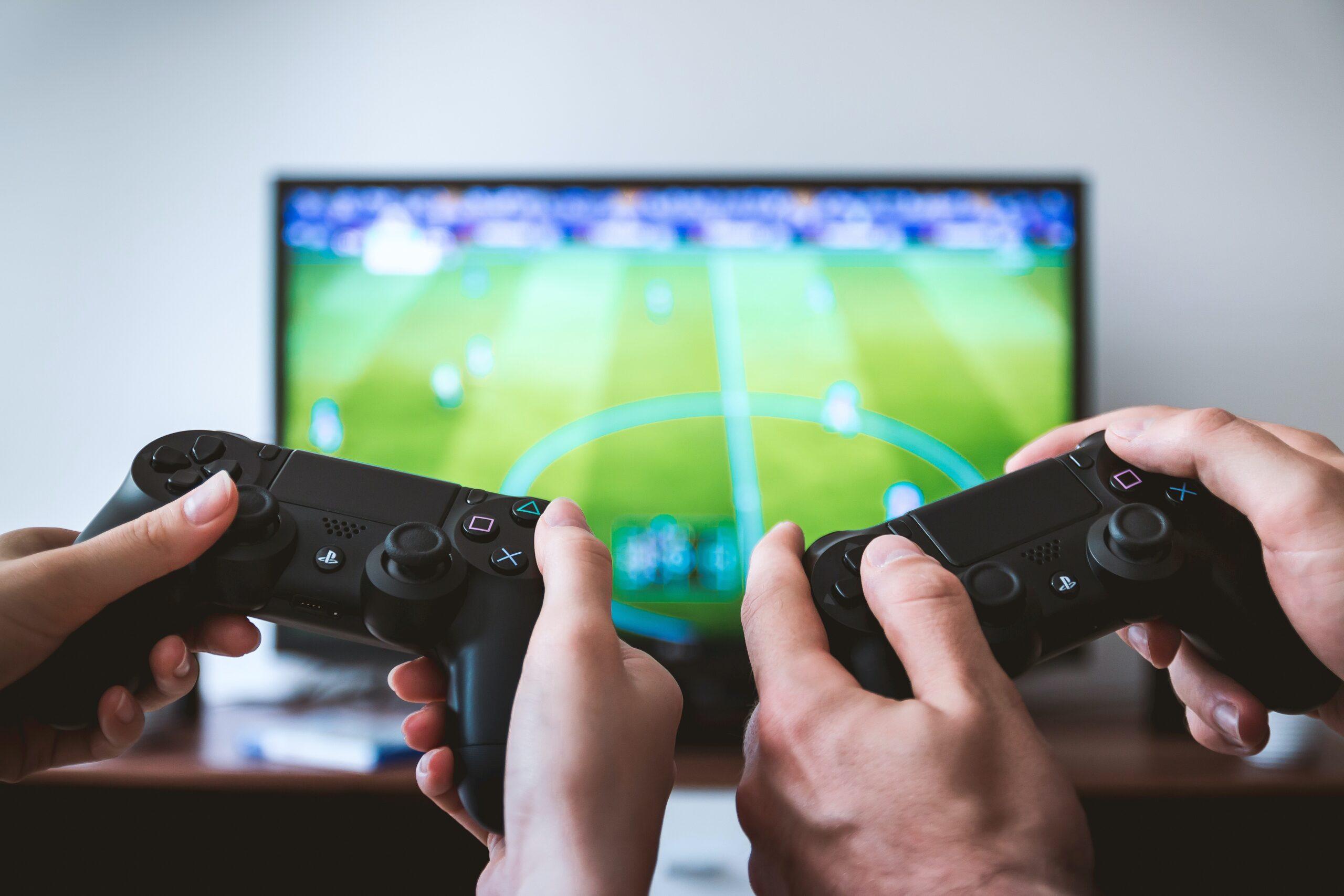videogiochi online e socialità